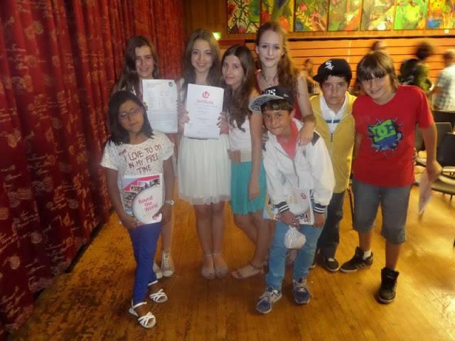 Niños en curso de inglés en el extranjero