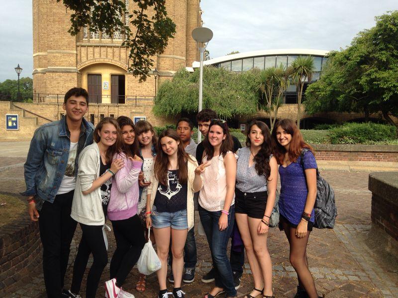 Nuestro grupo en Londres conoció a fondo la ciudad.