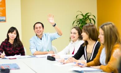 Casi el 90% de las ofertas de trabajo piden inglés.