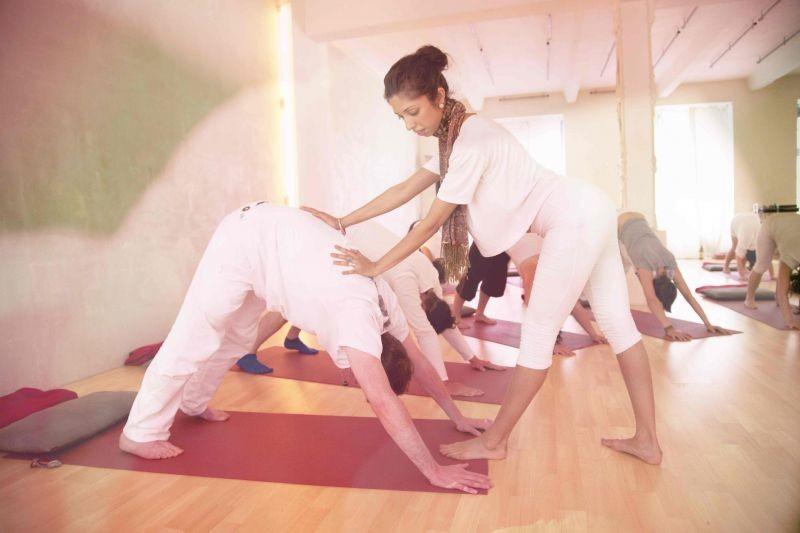 Inglés y yoga en La India, unas vacaciones originales y con mucho sentido.